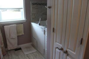 ada compliant bathtub